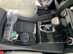 Lexus LM 300h 6 chỗ 2020 màu trắng