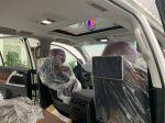Toyota Land Cruiser VXS 4.6 V8 2021 màu trắng